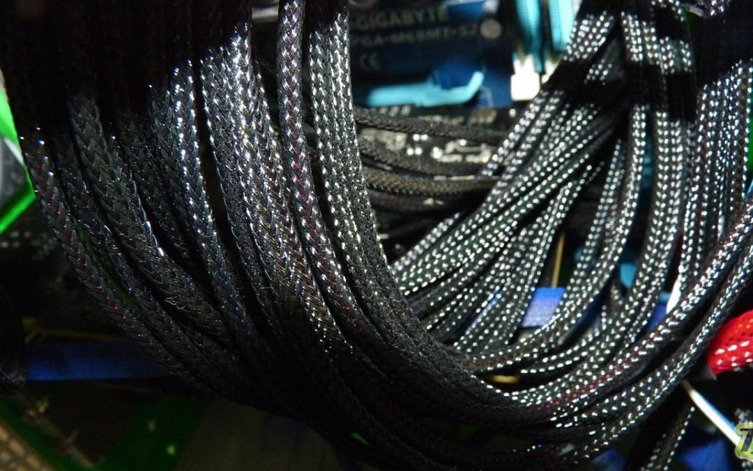 Flexado de Cables en Fuente de Alimentacion
