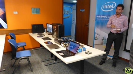 Intel evento de canales y reviewers tecnogaming for Mobiliario y equipo de oficina