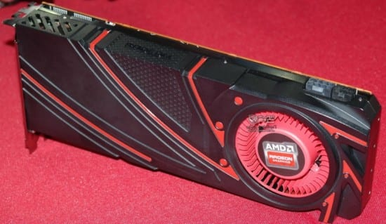 AMD-Radeon-R9-290X-Hawaii_XT_02