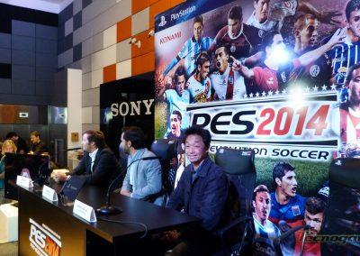 pes2014-press02