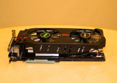 Asus-Radeon-R9-280X-ROG-Matrix-Platinum-04