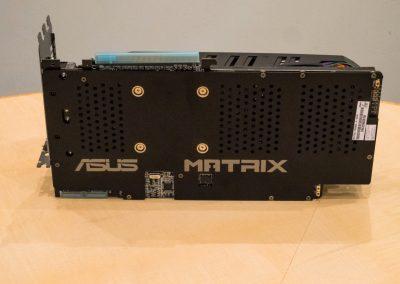 Asus-Radeon-R9-280X-ROG-Matrix-Platinum-05