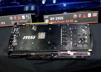 MSI-Radeon-R9-290X-Twin-Frozr-4S-OC-Gaming02