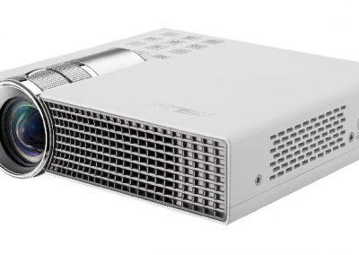 ASUS P2B proyector portatil
