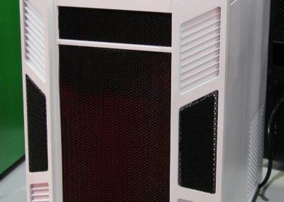 AeroCool-XPredator-Cube-02