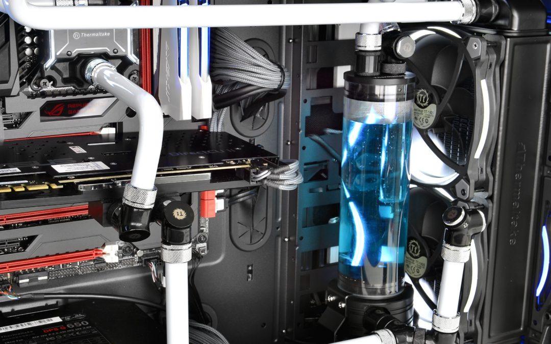 Thermaltake presenta su gabinete Suppressor F51