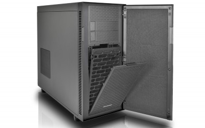 Thermaltake Suppressor F51 Mid-Tower Chassis's front fan filter