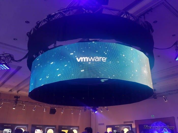 vmware-forum-01