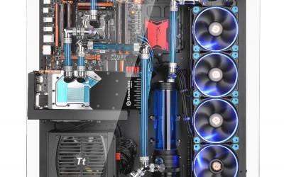 Thermaltake Core P5 ATX 04