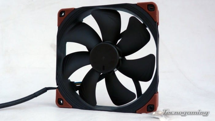 noctua24v-new-03