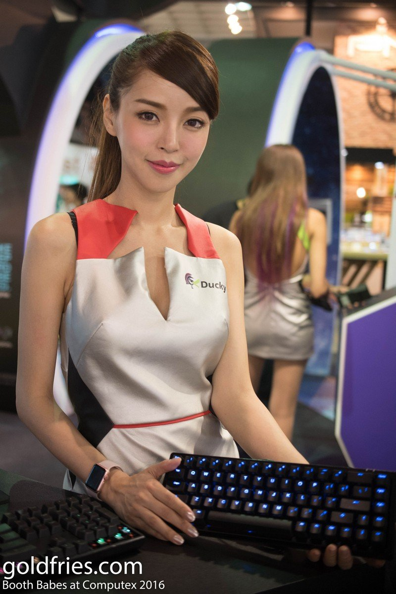 boothbabes-computex2016-17