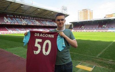 Un jugador británico de FIFA es ahora patrocinado por el West Ham