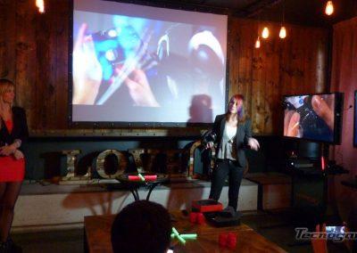 Parkita, exhibe y analiza los HyperX Revolver Pro Gaming Headset