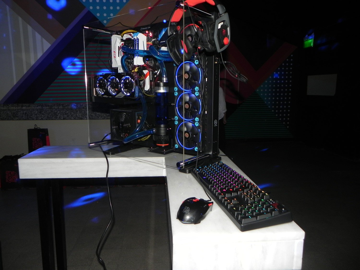 Monster Gaming PC_Thermaltake_2