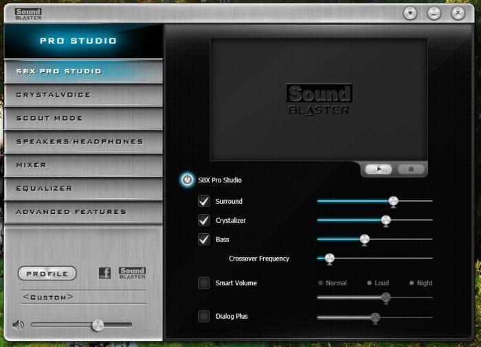 Probamos el sonido con una Sound Blaster integrada, con un panel de control completo.